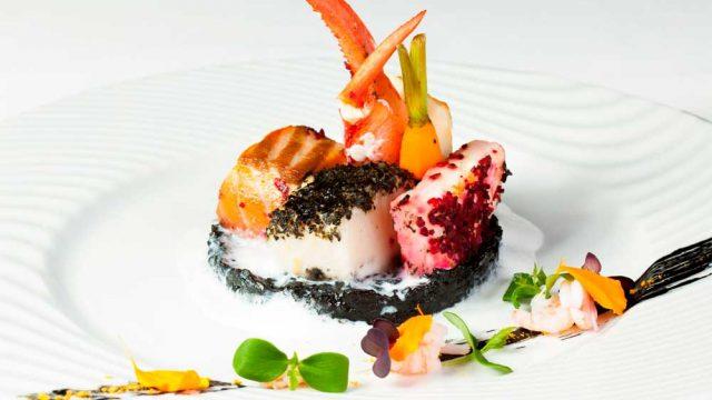 https://www.themasterchefs.com/wp-content/uploads/2015/12/Luxury-food-640x360.jpg
