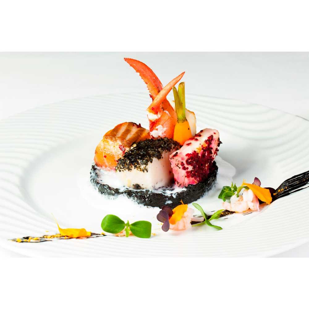 https://www.themasterchefs.com/wp-content/uploads/2015/12/Luxury-food.jpg