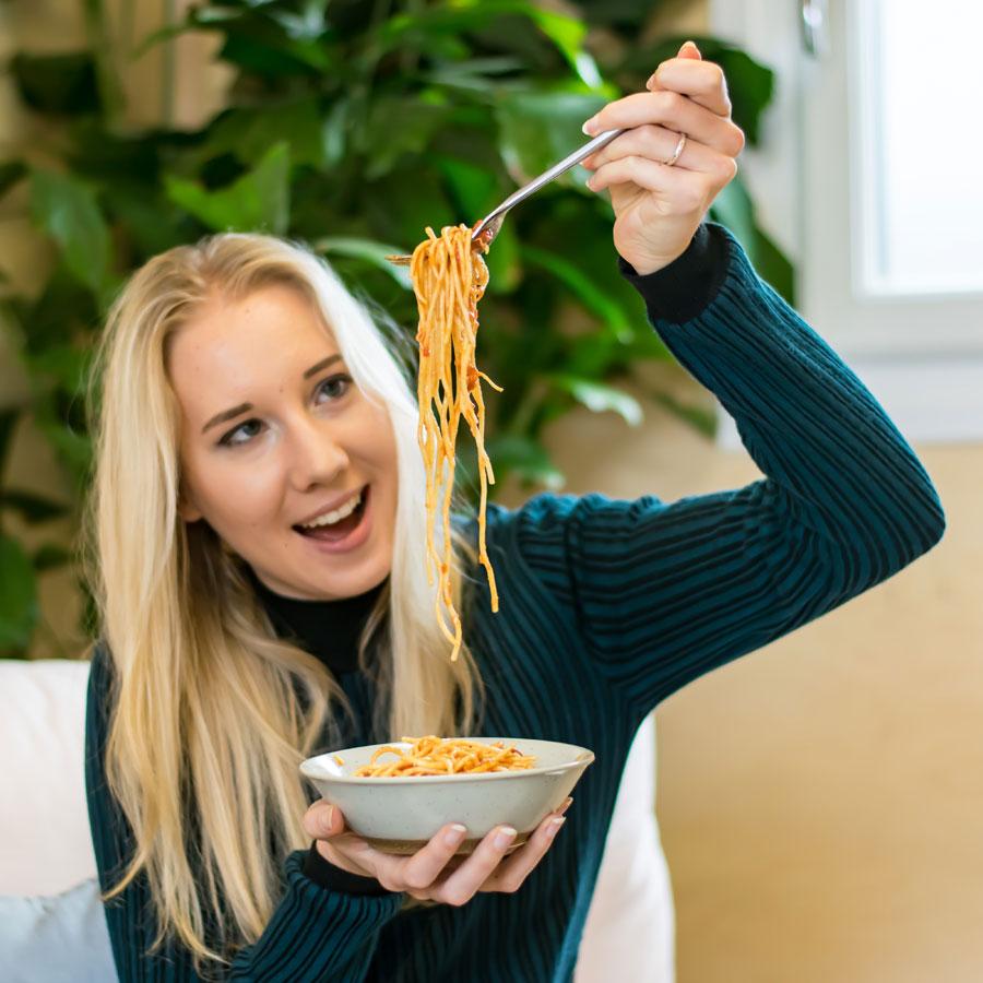 https://www.themasterchefs.com/wp-content/uploads/2018/05/Spaghetti-edit.jpg